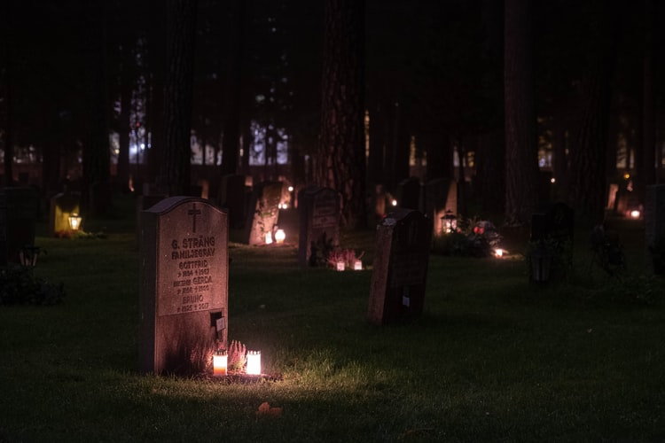 cremation services in Roy WA